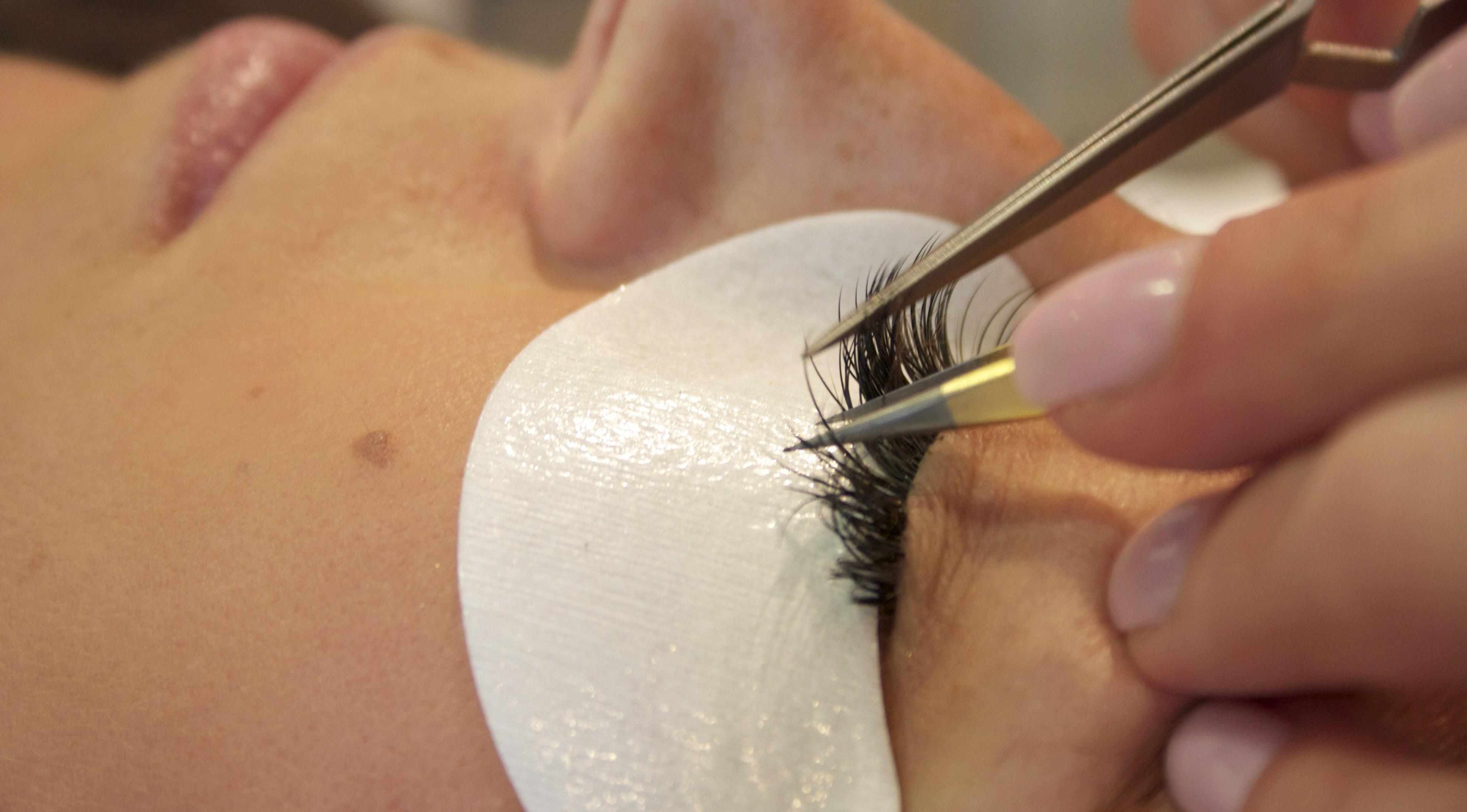 Professional Beauty - What are the differences between lash ...