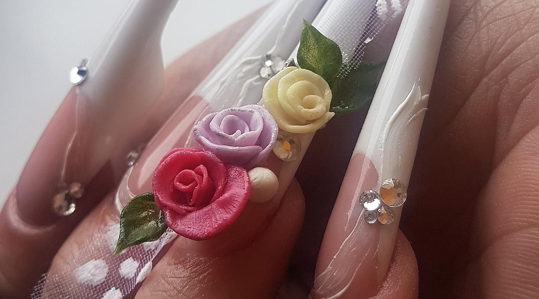 Acrylic 3D nail art
